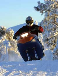 What To Look Out For When Hiring A Snowmobile